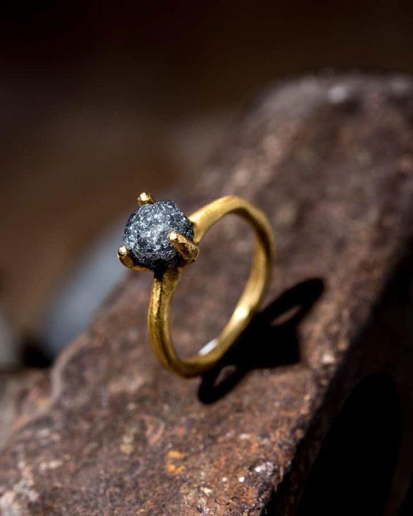 טבעת סוליטר זהב 22k