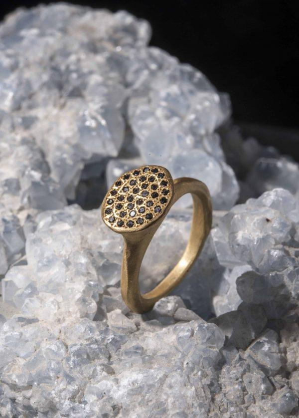טבעת זהב חיפושית 18k