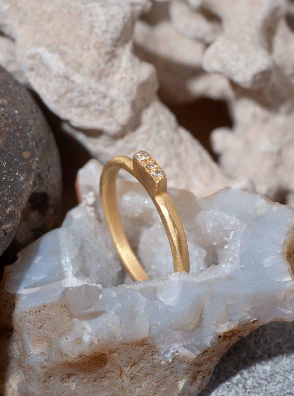 טבעת מלבן גבוה זהב 22k