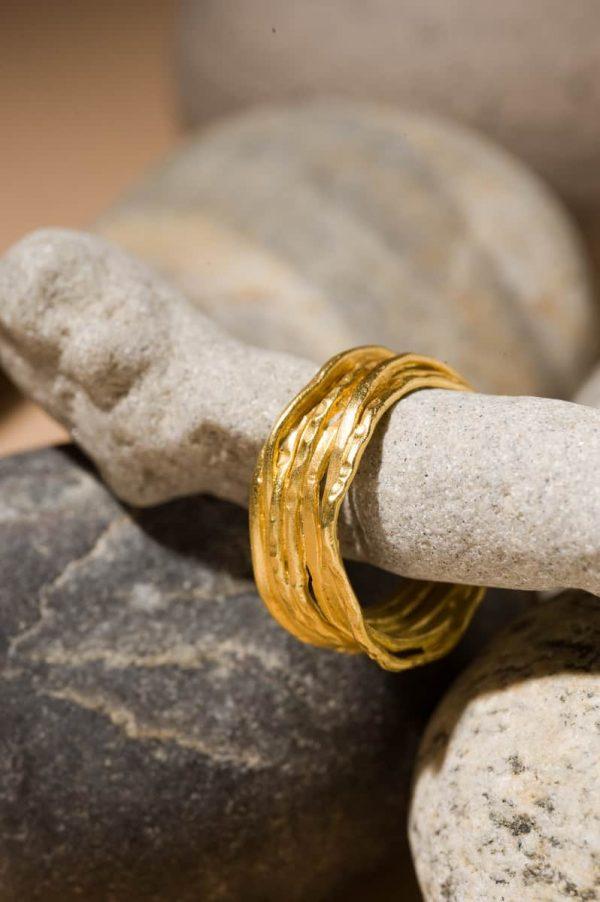טבעת מלופפת זהב 22k