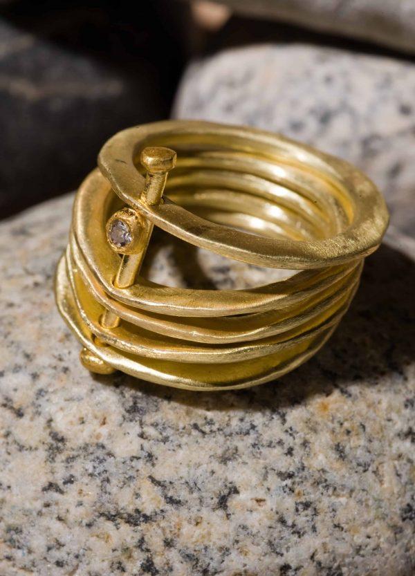 חמש טבעות זהב 18k